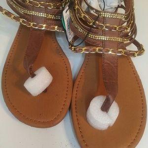 Ardene sandals brown